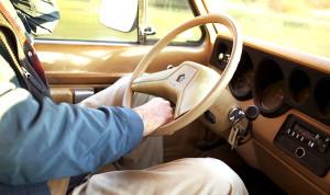 Пенсионеры имеют право получить льготы по транспортному налогу
