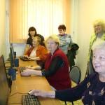 Пенсионеры Самары записываются на компьютерные курсы
