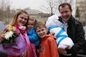 Многодетные семьи получают повышенные выплаты