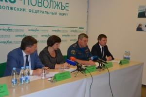 Пресс-конференция по украинским беженцам