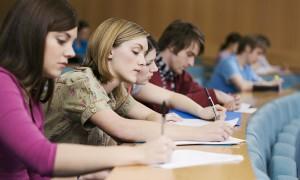 Изображение - Государственная академическая стипендия размер и процедура получения University-students-take-014-300x180