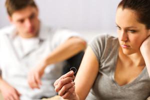 Дала согласие на развод а потом обвинила в подделке документа относится