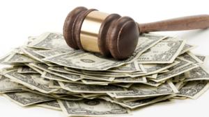Как при разводе делятся кредиты - кто будет платить по автокредиту и ипотеке?