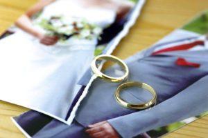 сколько стоит развестись в загсе или суде