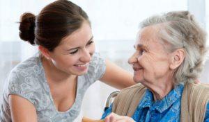 Помощь одиноким пенсионерам, как добиться