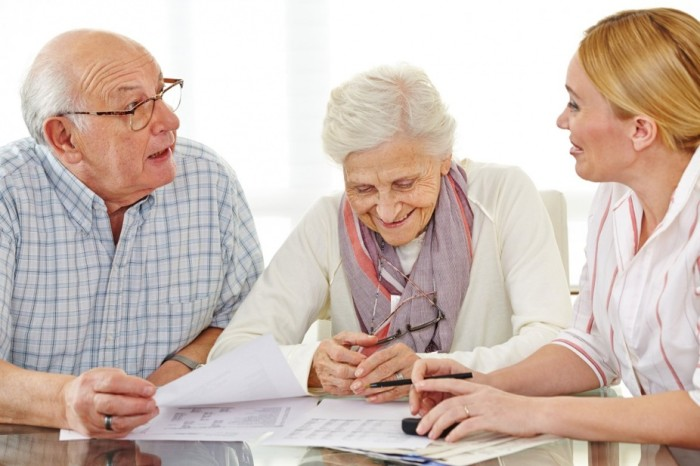 Обзор лучших кредитов для пенсионеров в Почта банке, Сбербанке и Россельхозбанке